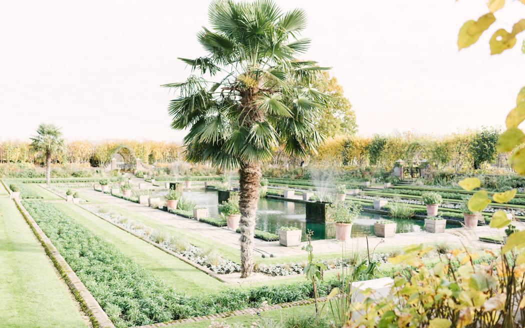 Coco wedding venues slideshow - historic-palace-wedding-venues-in-london-kensington-palace-hannah-duffy-003