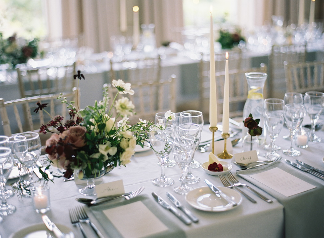 minimal-scandi-inspired-wedding-at-pynes-house-in-devon-taylor-and-porter-312