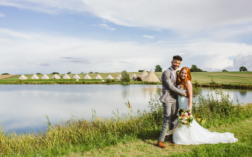 Coco wedding venues slideshow - wedding-tipi-suppliers-tipis-for-hire-uk-timber-and-canvas-clare-tam-im-photography-003