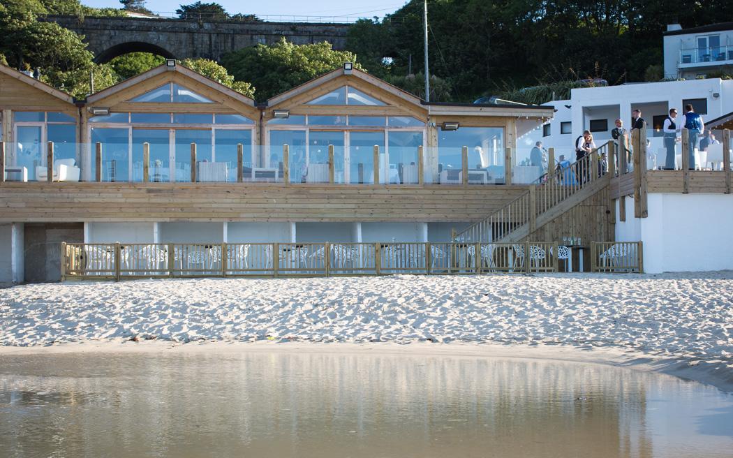 Coco wedding venues slideshow - beach-wedding-venues-in-cornwall-carbis-bay-estate-003