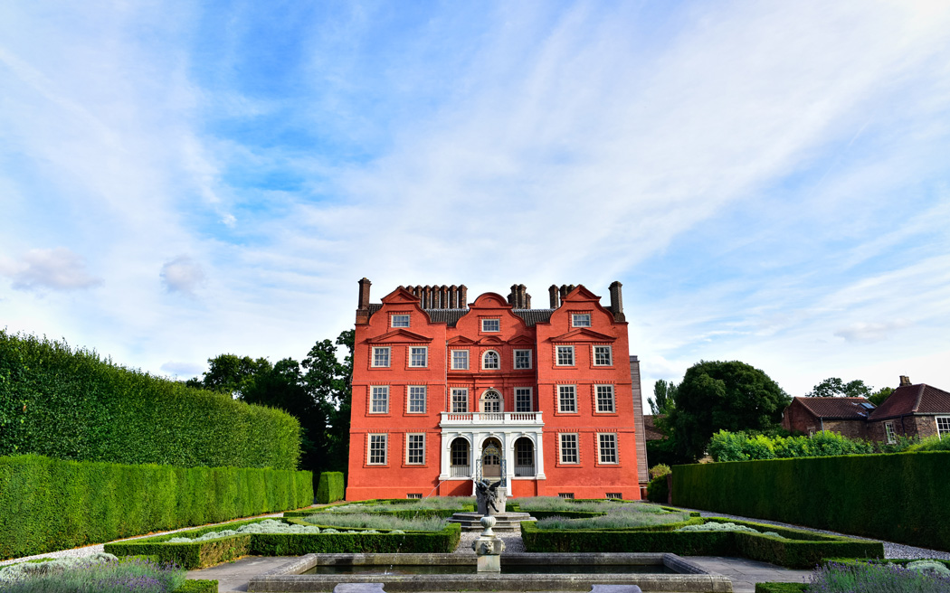 Coco wedding venues slideshow - historic-palace-wedding-venues-in-london-kew-palace-005