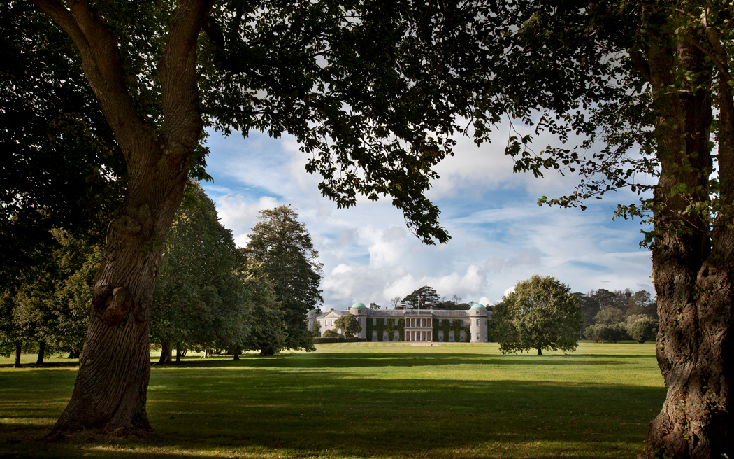 Coco wedding venues slideshow - exclusive-stately-house-wedding-venue-in-sussex-goodwood-house-001