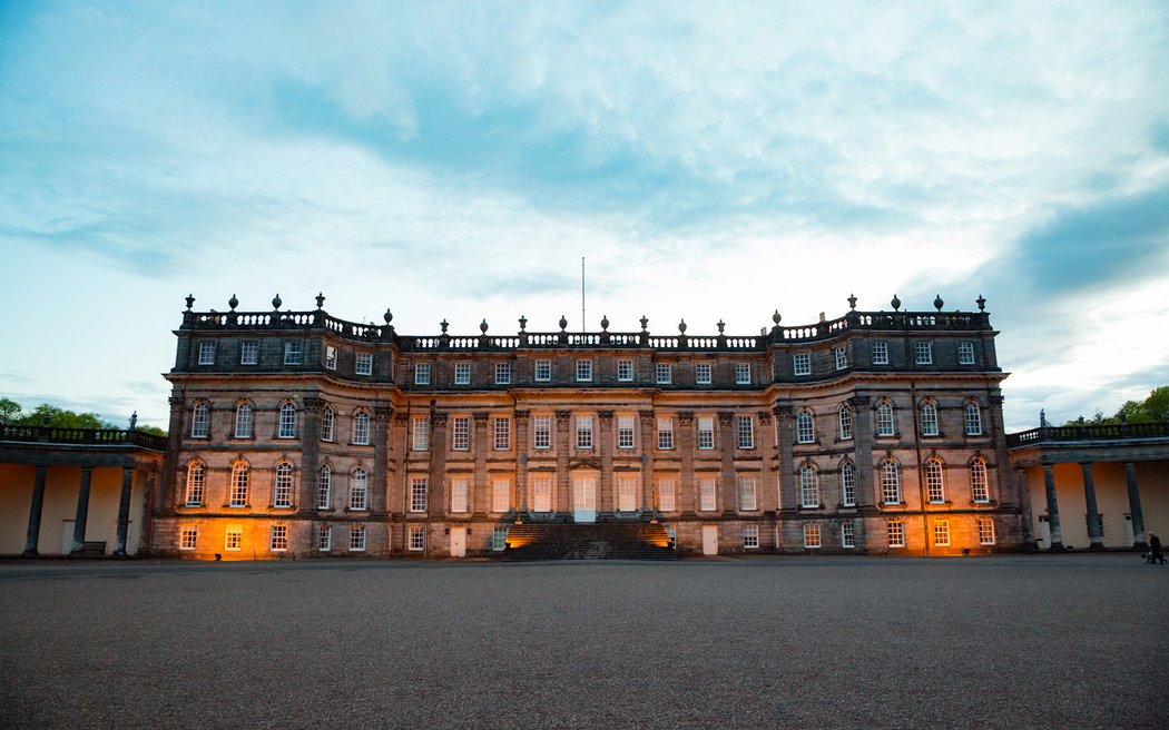 Coco wedding venues slideshow - stately-home-wedding-venues-in-scotland-hopetoun-house-blue-sky-photography-002