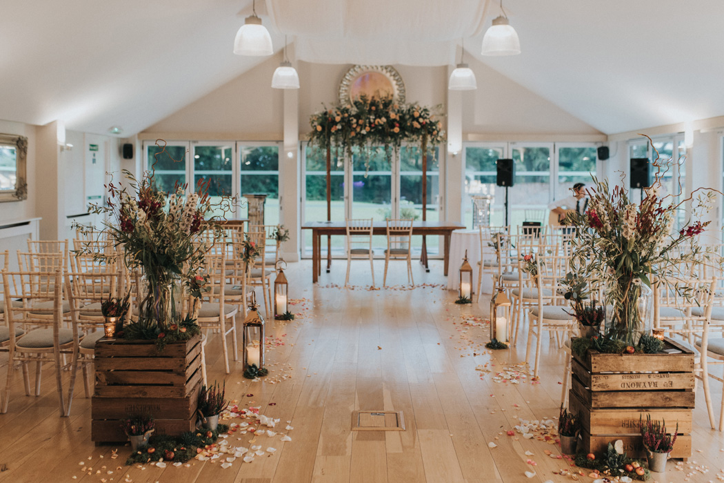 barn-wedding-venues-in-berkshire-wasing-park-studio-rouge-feature