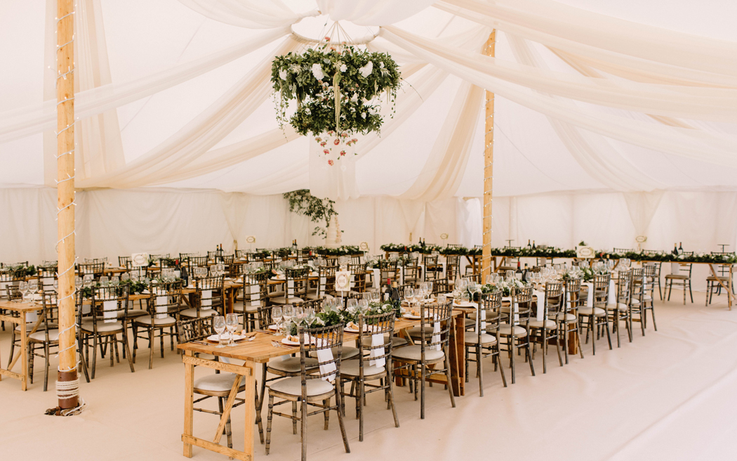 Coco wedding venues slideshow - marquee-suppliers-in-nationwide-the-pearl-tent-company-rebecca-goddard-002