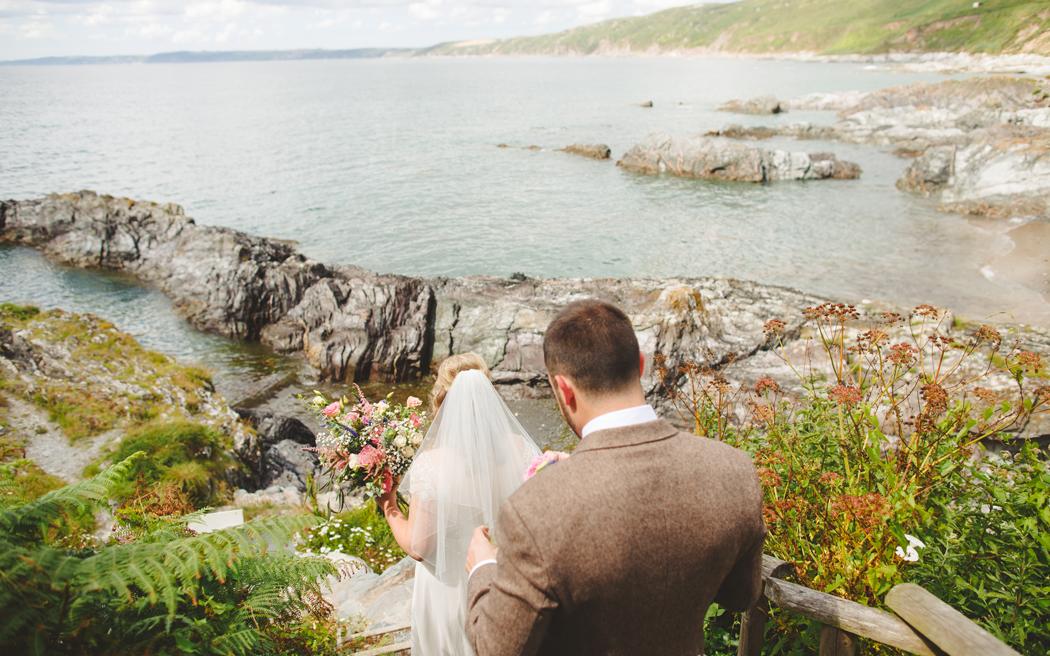 Coco wedding venues slideshow - beach-wedding-venues-in-cornwall-polhawn-fort-002