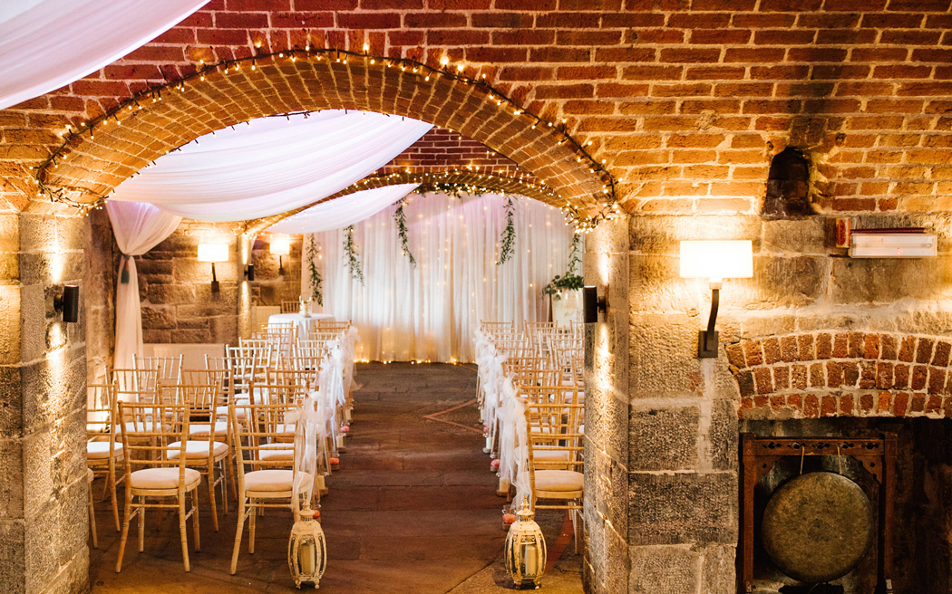 Coco wedding venues slideshow - beach-wedding-venues-in-cornwall-polhawn-fort-rafe-abrook-photography-003