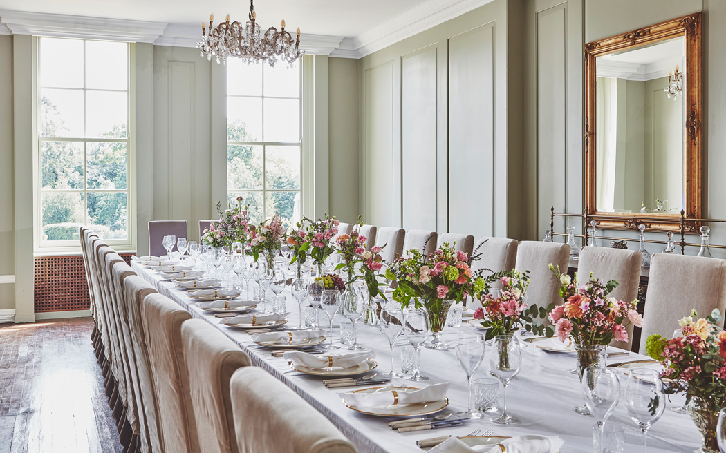 Coco wedding venues slideshow - country-house-wedding-venue-in-oxfordshire-malcom-menzies-002