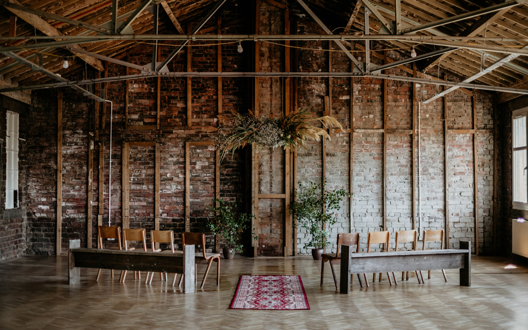 Coco wedding venues slideshow - industrial-loft-wedding-venue-in-glasgow-civic-house-claire-fleck-photography-001