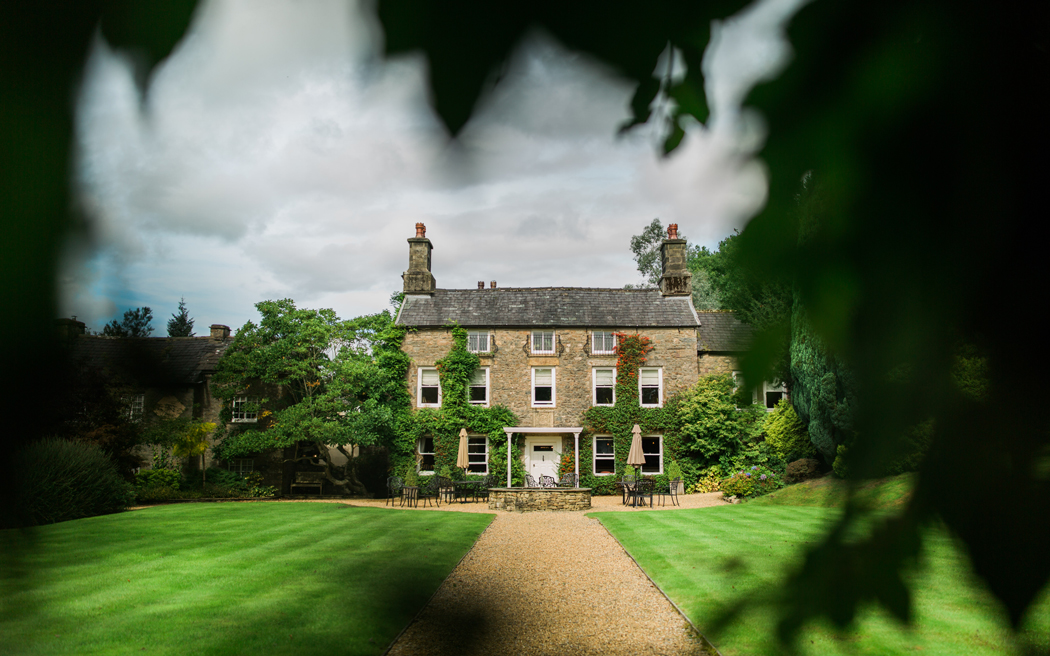 Coco wedding venues slideshow - intimate-wedding-venue-in-lancashire-hipping-hall-cahill-photography-001
