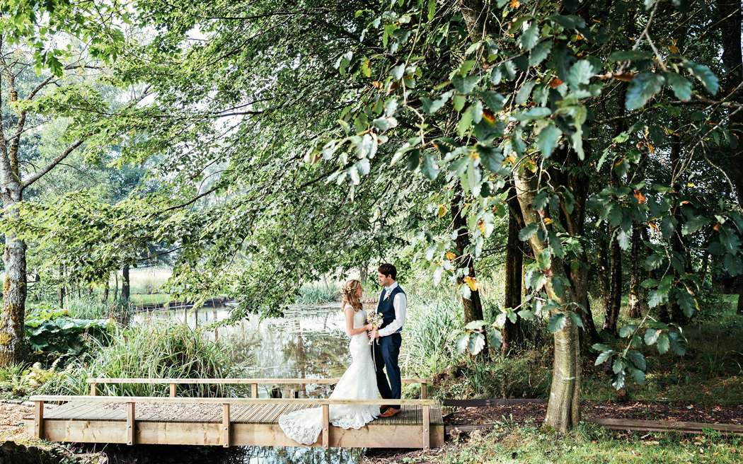 Coco wedding venues slideshow - intimate-wedding-venue-in-lancashire-hipping-hall-003