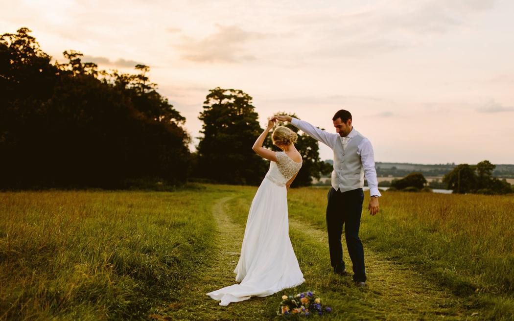Coco wedding venues slideshow - marquee-wedding-venues-in-bedfordshire-eggington-house-004