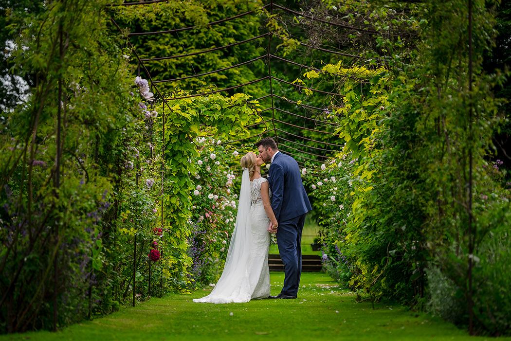 summer-wedding-inspiration-northumberland-wedding-venue-lartington-hall
