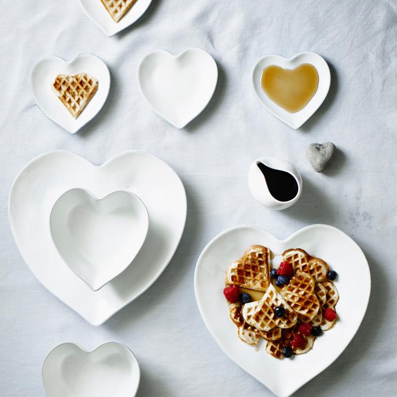 Porto Stoneware Heart Oven Dish, Small