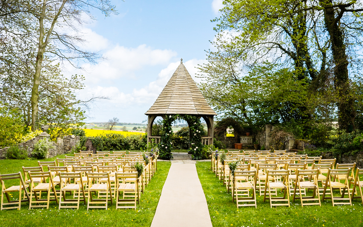 Coco wedding venues slideshow - Country House and Barn Wedding Venue in Kent - Solton Manor.