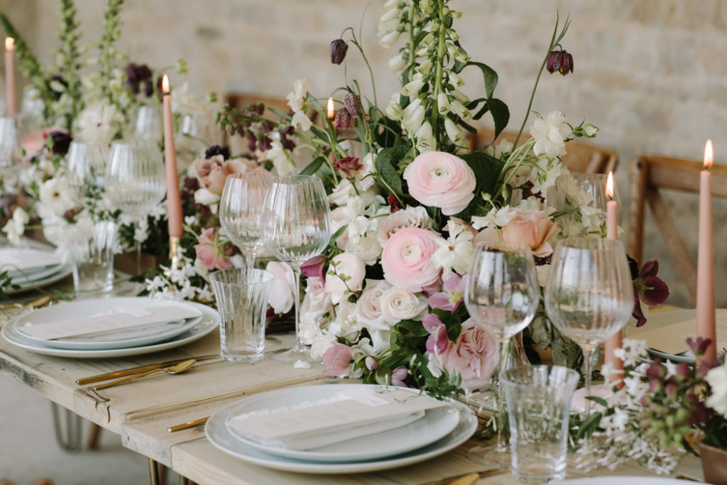 Image by Rebecca Goddard Photography | Flowers by Moss & Stone Floral Design and Blue Sky Flowers.