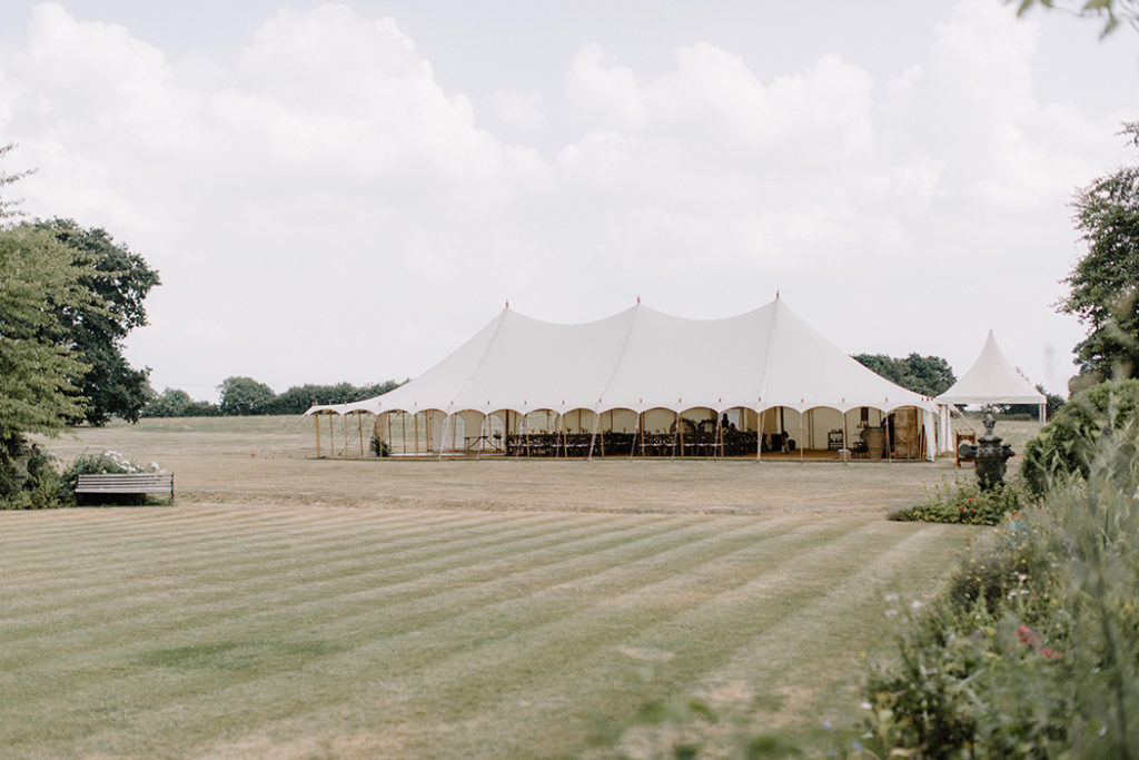 Image by Rebecca Goddard Photography | Planning Katrina Otter Weddings.