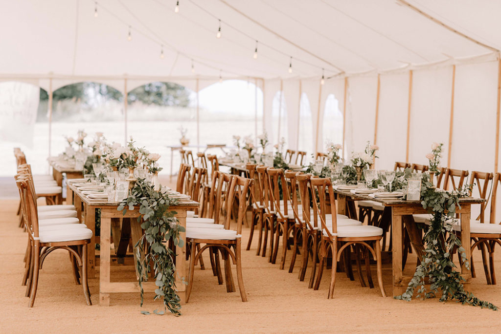 Image by Rebecca Goddard Photography | Planning by Katrina Otter Weddings.