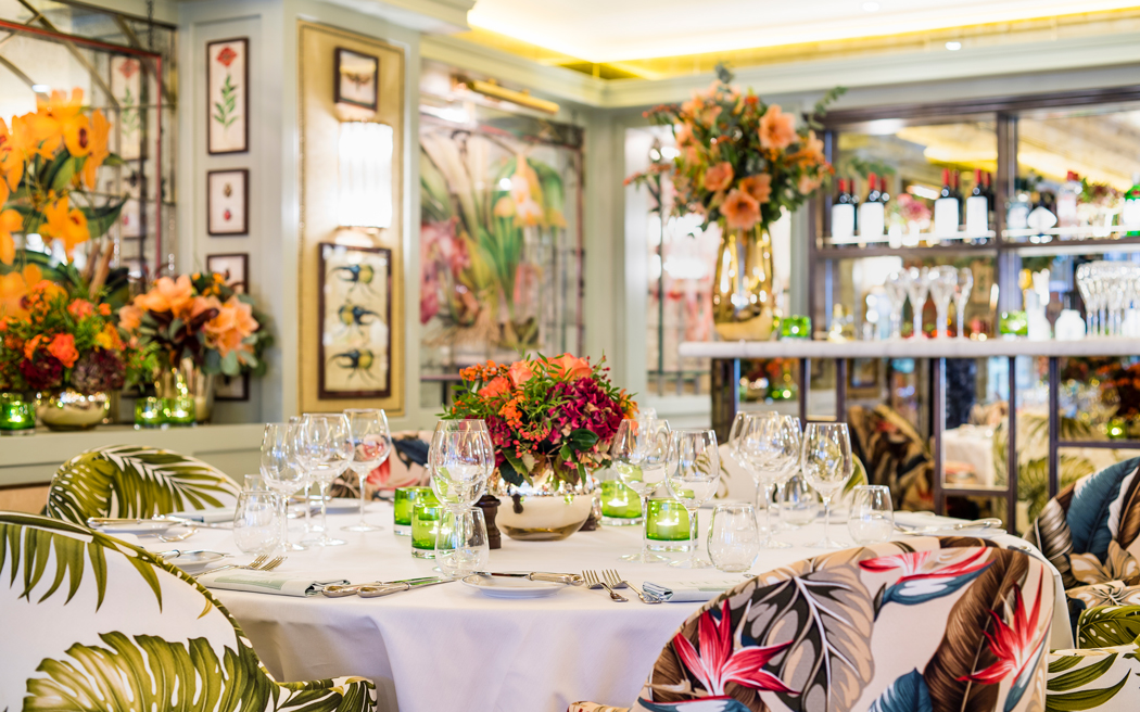Coco wedding venues slideshow - Botanical Inspired Wedding Venue in London - The Ivy Chelsea Garden