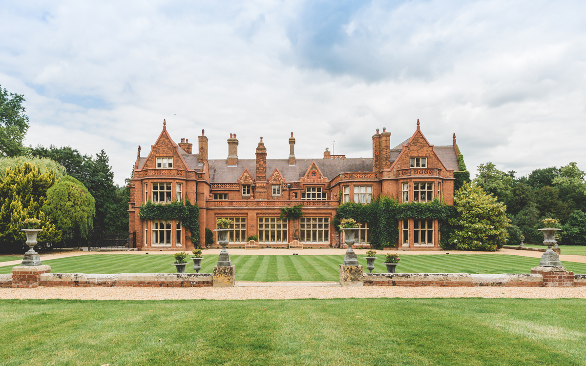 Coco wedding venues slideshow - Country House Wedding Venue in Cambridgeshire - Holmewood Hall
