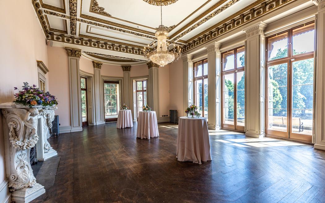 Coco wedding venues slideshow - Orangery Wedding Venue in London - Gunnersbury Park