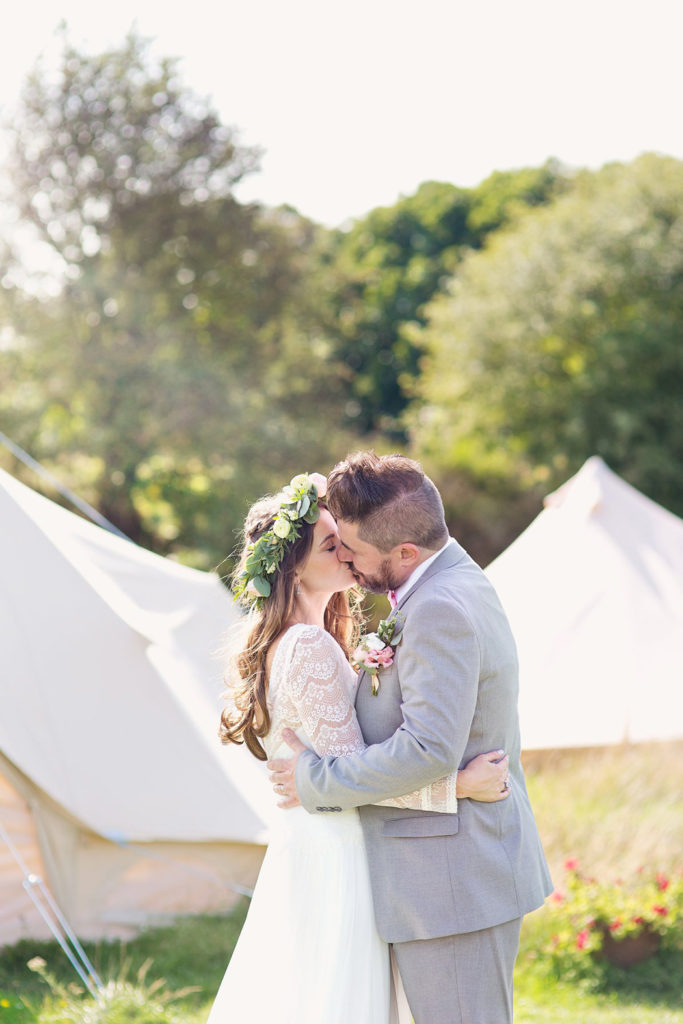 Image by Cotton Candy Weddings.