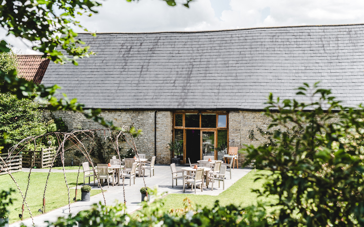Coco wedding venues slideshow - Barn Wedding Venue near Bath - Wick Farm Bath