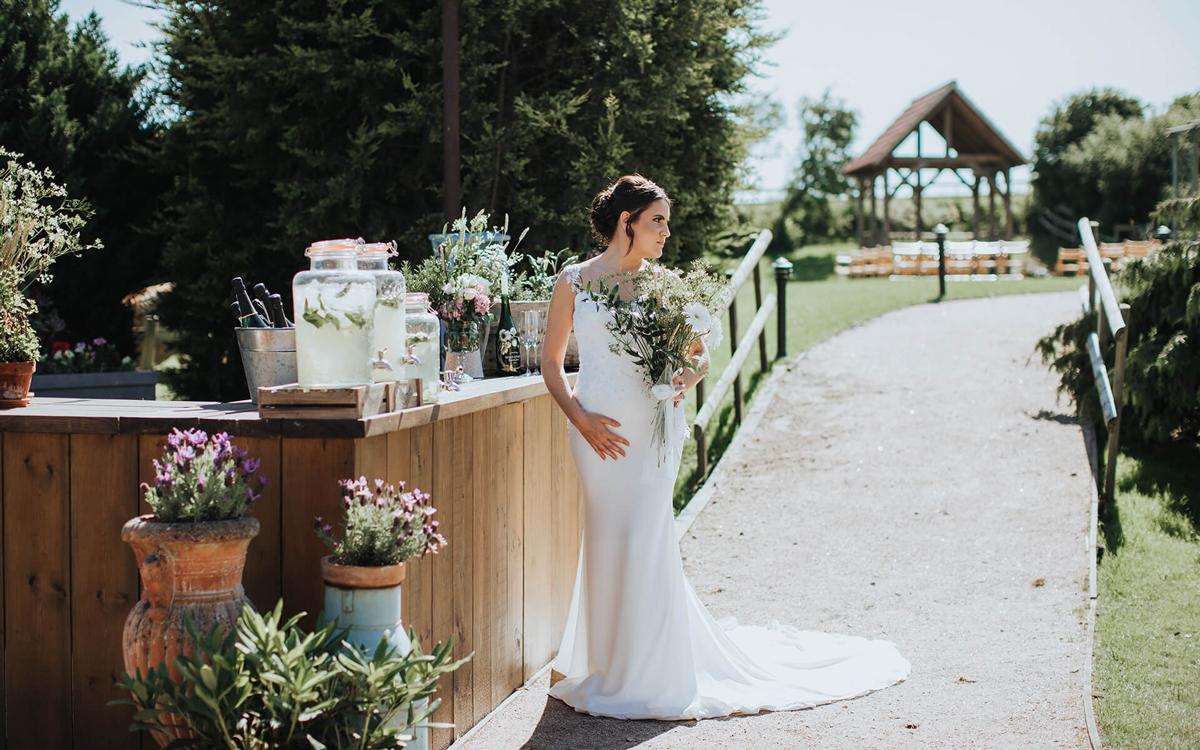 Coco wedding venues slideshow - Barn Wedding Venue in Kent - Reach Court Farm Weddings