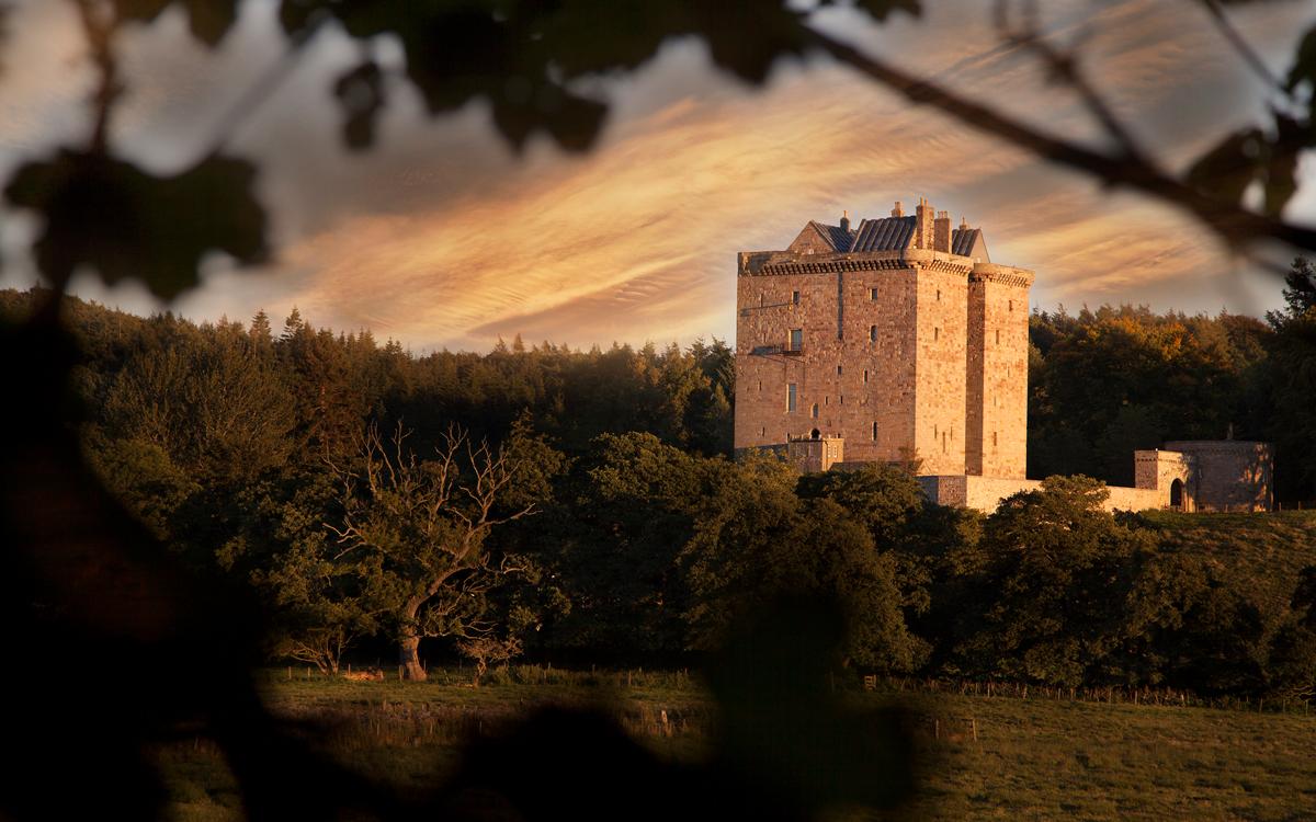 Wedding Venues in Midlothian, Scotland | Borthwick Castle | UK